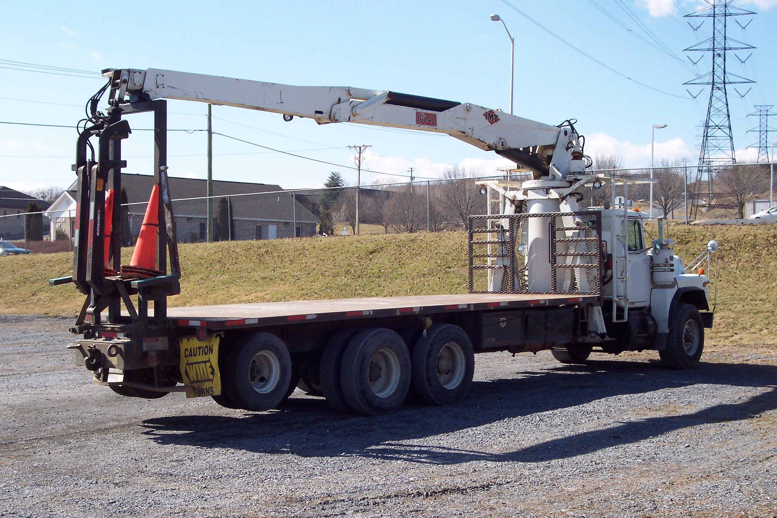 Mack Truck For Sale >> IMT 16042 Drywall, Wallboard, Boom Truck For Sale.