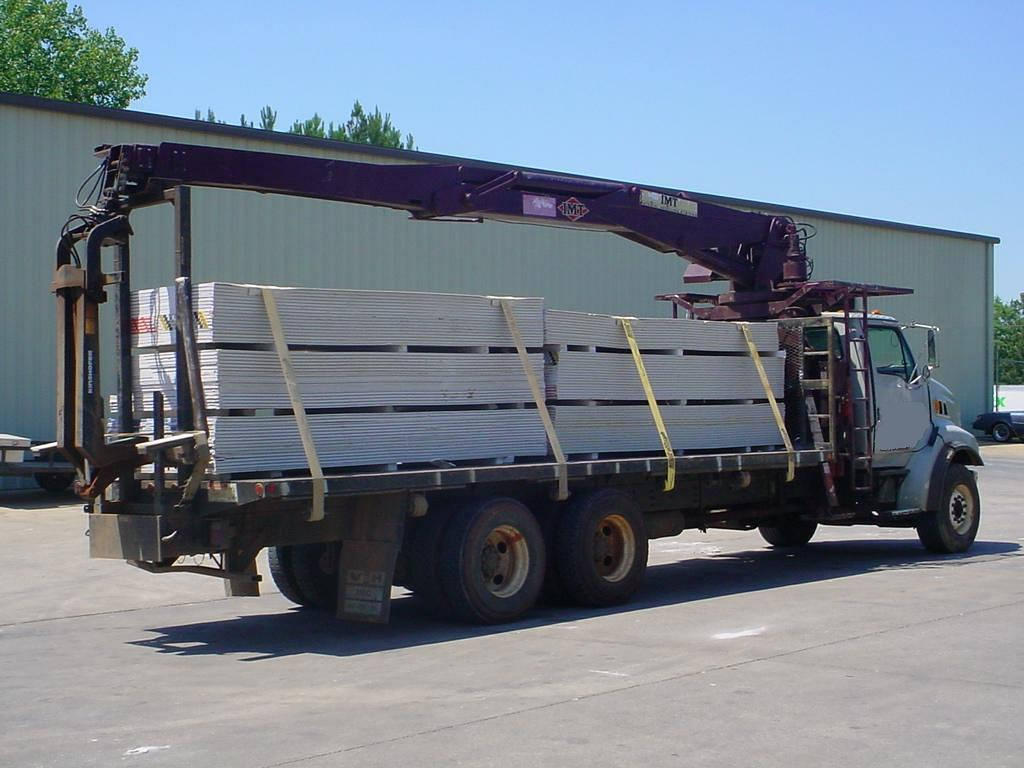 imt 16042 4 story drywall  wallboard truck for sale  call for details  407